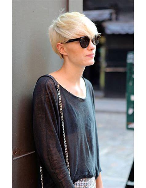 coupe de cheveux courte pour femme hiver 2015 les plus
