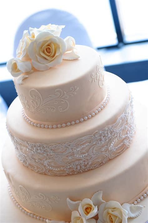 Decorative Cake by Contact