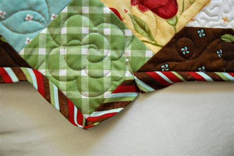 How To Bind A Quilt Corner by 108 Best Images About Quilt Binding On Quilt