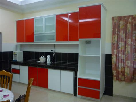 red and white kitchen cabinets red kitchen cabinets with yellow walls a lively energy