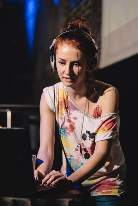 sarah young dj why djs shouldn t play for free and what to do instead