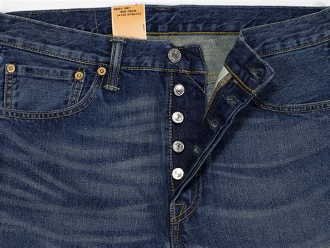 New Levis 501 Original levis 501 original fit classic leg button fly