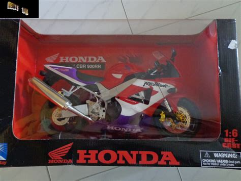 Die Cast Motor Honda Rc 51 verto s toyz in stock die cast honda 1 6 scale cbr900rr fireblade race bike