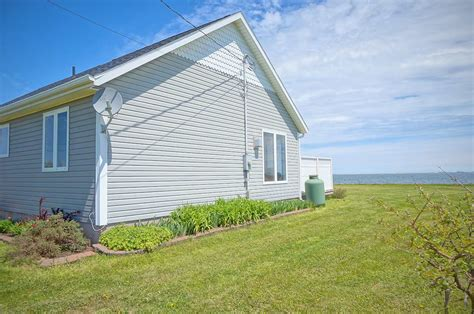Waterfront Cottage For Sale by 76 Hebrides New Waterfront Cottage