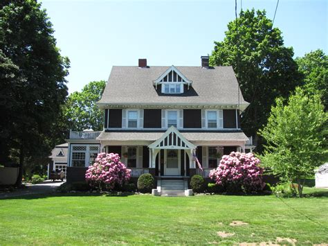 pictures of a house file house at 199 summer avenue reading ma jpg