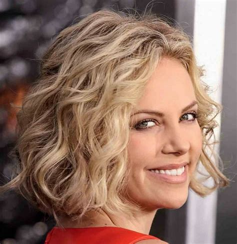 how to curly a short bob hairstyle curly stacked bob haircut pictures thin photo short