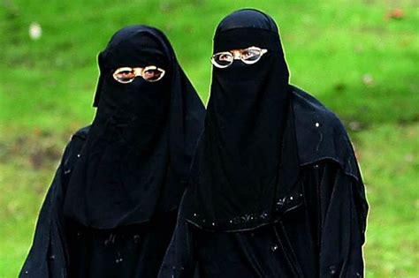 Daily Niqab the niqab debate hear the voices of who are