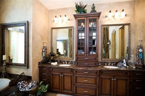The Vanity Center by 36 Master Bathrooms With Sink Vanities Pictures