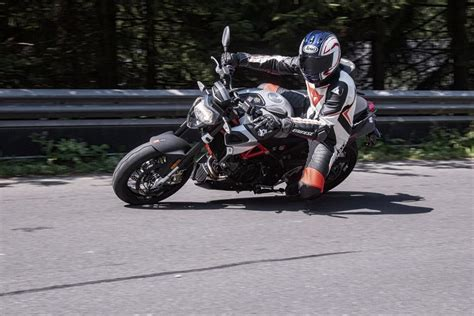 Aprilia Motorrad Erfahrung by Aprilia Shiver 900 Test 2017 Testbericht