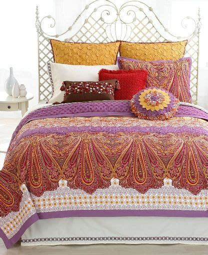 bohemian quilt bedding best 25 bohemian quilt ideas on pinterest moroccan bedroom decor moroccan decor