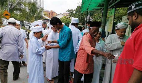 covid  ngo cuci tangan jemaah harian metro