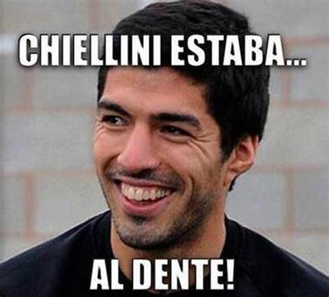 Luis Suarez Meme - la razon com futbol brasil 2014 memes mordida luis suarez