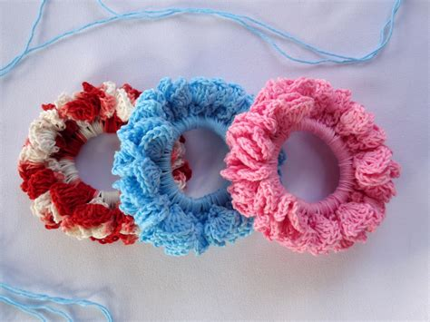pattern for making hair scrunchies stitch of love crochet hair scrunchies