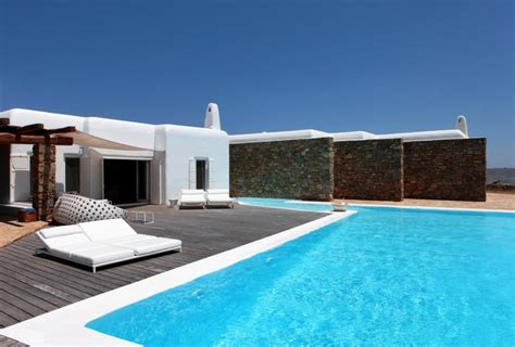 house in mykonos by bc estudio architects delood