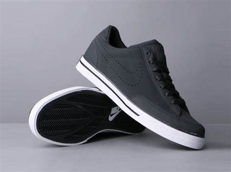 nike low sneakers nike navaro low sneaker cool material