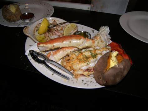 boat house grill reviews charley s boat house grill fort myers beach menu