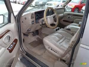 2000 Cadillac Escalade Interior 2000 Cadillac Escalade 4wd Interior Photo 39260355