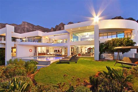 hollywood mansions hollywood mansion cs bay cape town south africa
