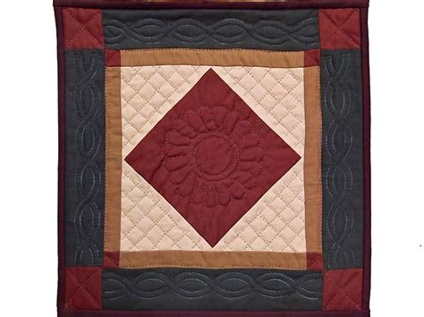center quilt gorgeous carefully made amish