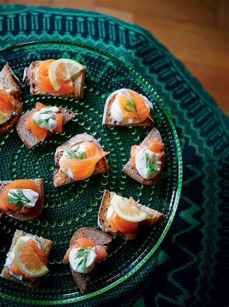 smoked salmon blinis nigella