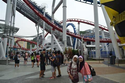 Roller Merah Biru nurazlili aziz universal studio singapore part 1