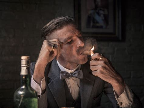 peaky blinders haircut how to get the peaky blinders haircut gq
