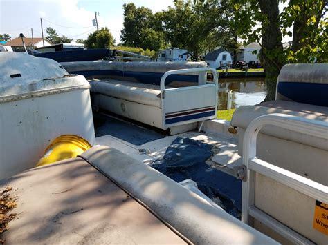 hurricane deck boat won t start 2002 hurricane 226r ob questions hurricane deck boats