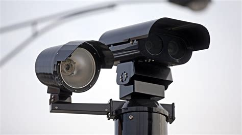city of chicago red light camera lawsuit drivers in chicago would get a break under new red light