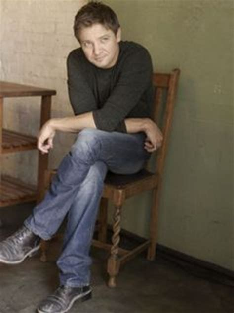 Jeremy renner, Mission impossible and Sweaters on Pinterest Jeremy Renner Fingernails