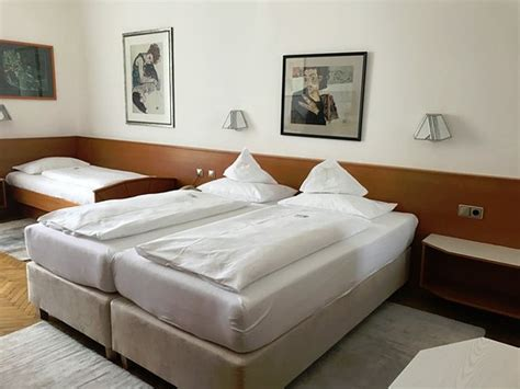 hotel amsterdam 3 bett zimmer 3 bett zimmer bild hotel goldenes lamm villach