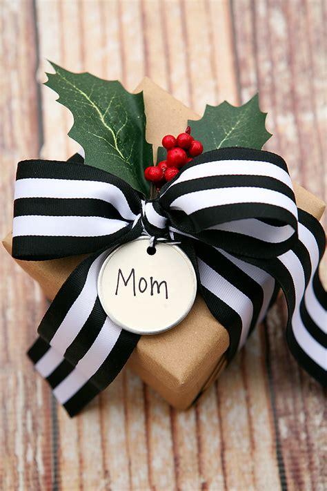 christmas gift wrap ideas gift wrapping ideas eighteen25