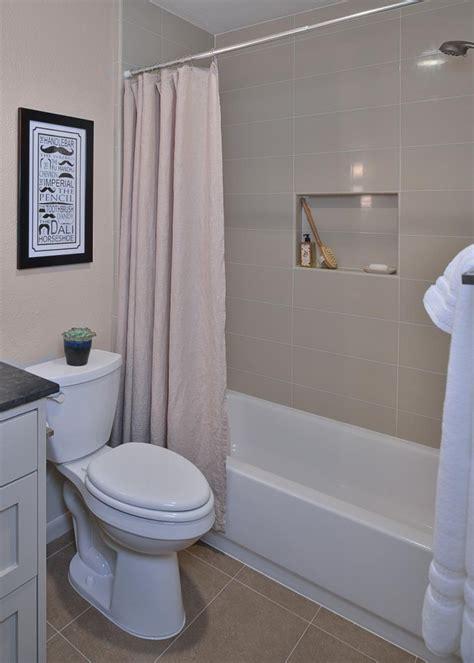 Subway Tile Designs For Bathrooms by 18 Subway Tile Bathroom Designs Ideas Design Trends