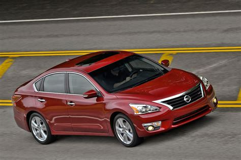 nissan altima 2015 nissan altima reviews and rating motor trend