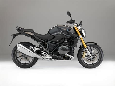 Bmw R1200r by 2015 Bmw R1200r Review Morebikes