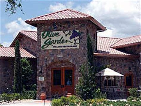olive garden lobster lead darden s push to green