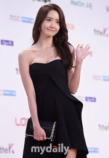 theme line yoona yoona drops jaws with this black dress daily k pop news
