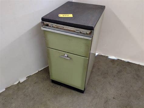 how does a commercial trash compactor work kitchenaid trash compactor works lonsdale lawn