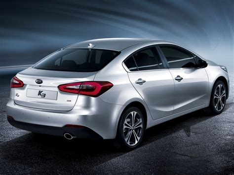 kia cerato redesign bows for 2013 drive arabia