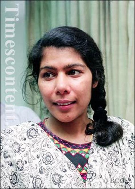 Santosh Yadav Biography In Hindi | ms santosh yadav first woman to scale mt everest twice
