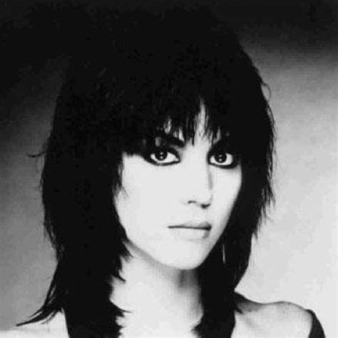 joan jett hairstyle pictures joan jett all the ladies run to the barstools pinterest