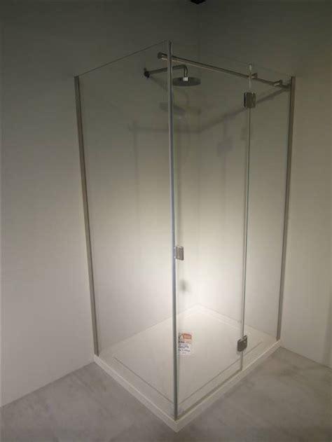 montaggio piatto doccia acrilico modulnova box doccia in cristallo con piatto doccia in