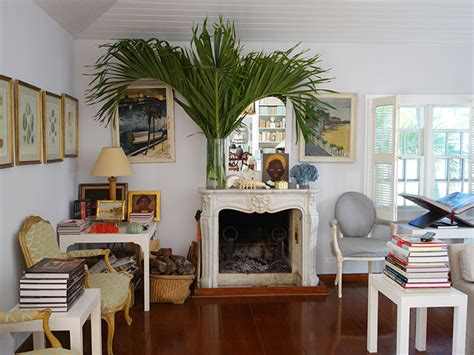 the top stylist india hicks home office design pottery india hicks the librarian