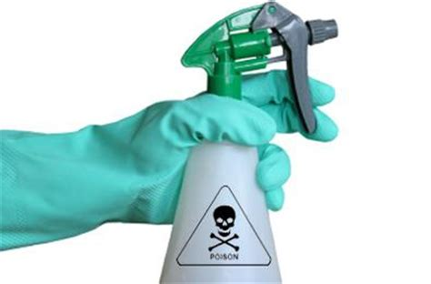 Bathroom Cleaner Dangers Household Cleaning Products You Might Want To Avoid Using
