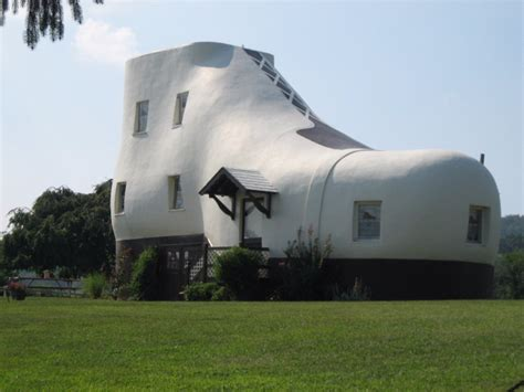 Weird House by 19 Strange And Unusual Homes Around The World Page 4 Of 5