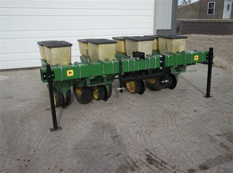 3 Row Corn Planter by Deere 2 3 4 6 Row 3 Point Planters Agriculture