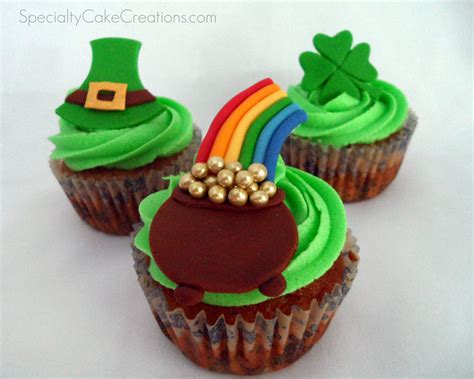 s day cupcakes st s day cupcake toppers