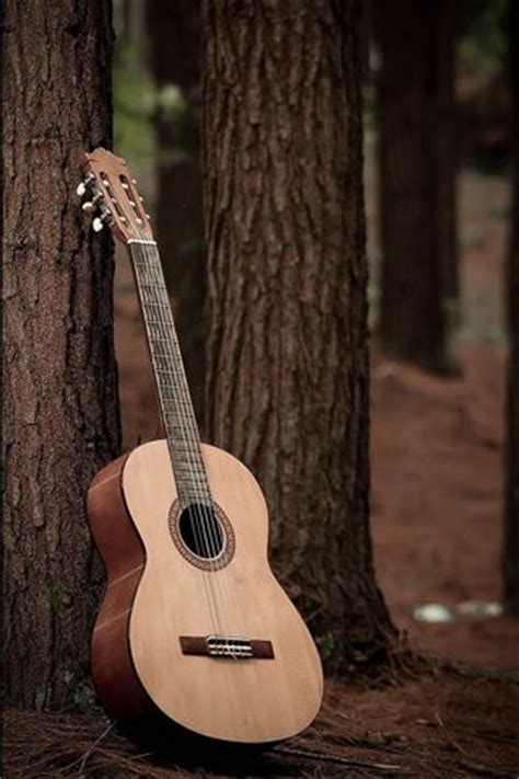 guitar wallpaper pinterest acoustic classical guitars and iphone wallpapers on pinterest
