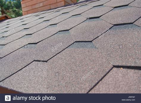 Tile Roofing Materials Shingle Roofing Stock Photos Shingle Roofing Stock Images Alamy