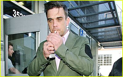 Robbie Williams In Rehab 2007 just jared page 781