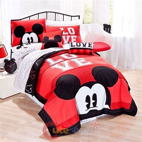 mickey mouse bedding queen disney mickey mouse classic luv bedding quilt set 3pc full